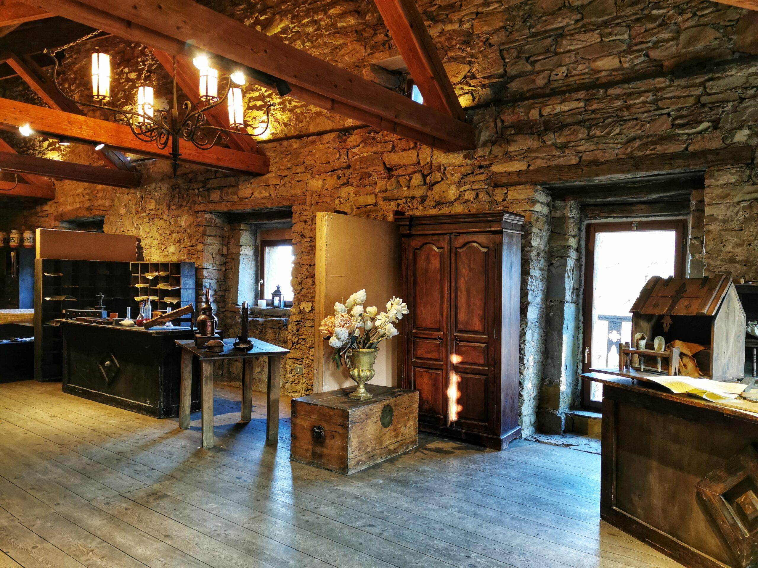 interno castello zumelle