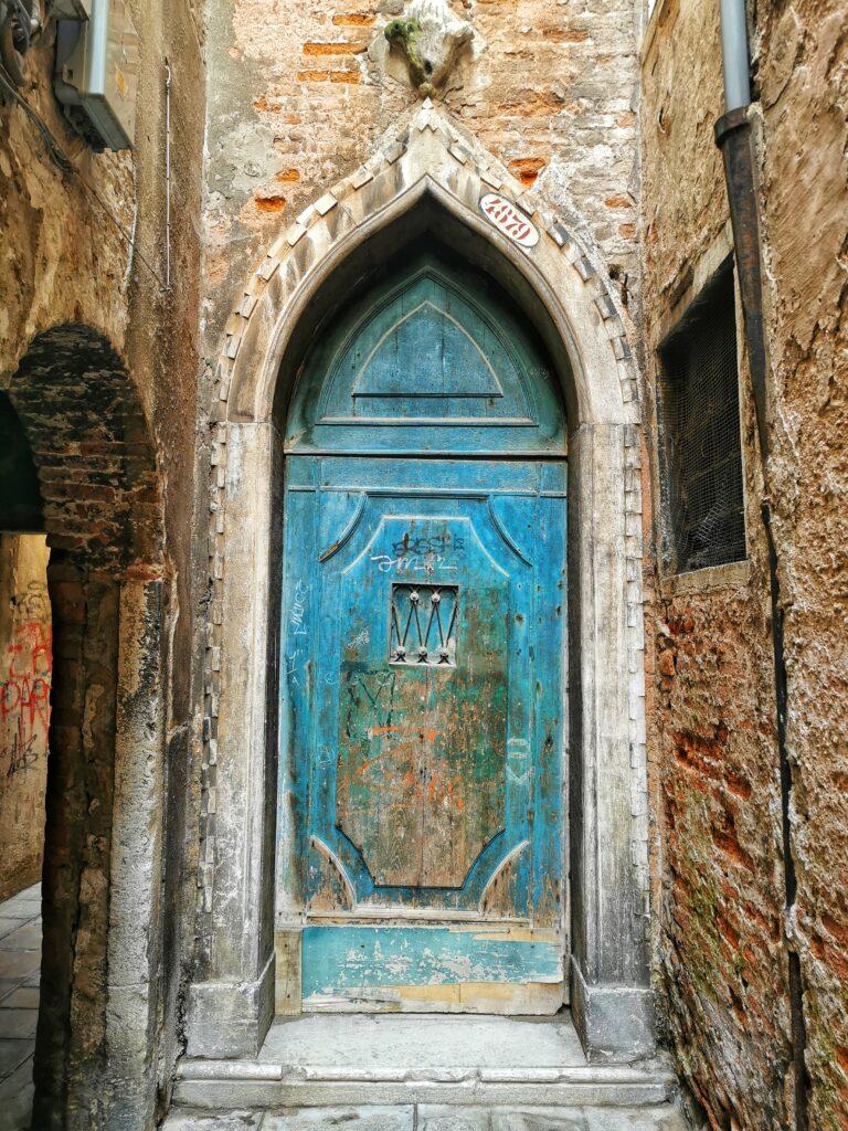 porta blu Venezia